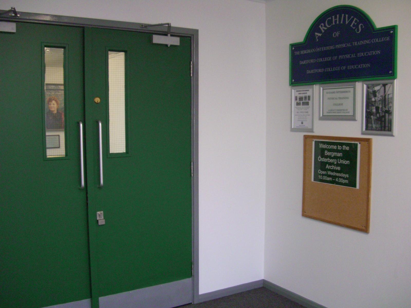 BÖU Entrance  CIMG1851